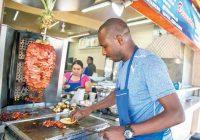 Haitianos taqueros, los nuevos habitantes que Tijuana adoptó