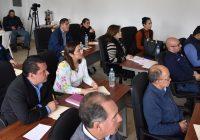 Funcionarios municipales recibenorientación del IEE sobre proceso electoral