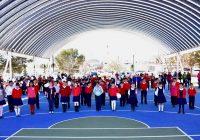 Entrega presidente municipal domo y cancha en la primaria Guadalupe Victoria