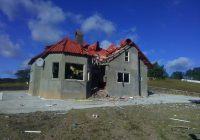 Detonan explosivo en vivienda de Carichí, perteneció a líder criminal