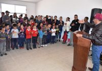 Entrega Presidencia Municipal de Cuauhtémoc aula a la escuela Hermanos Flores Magón