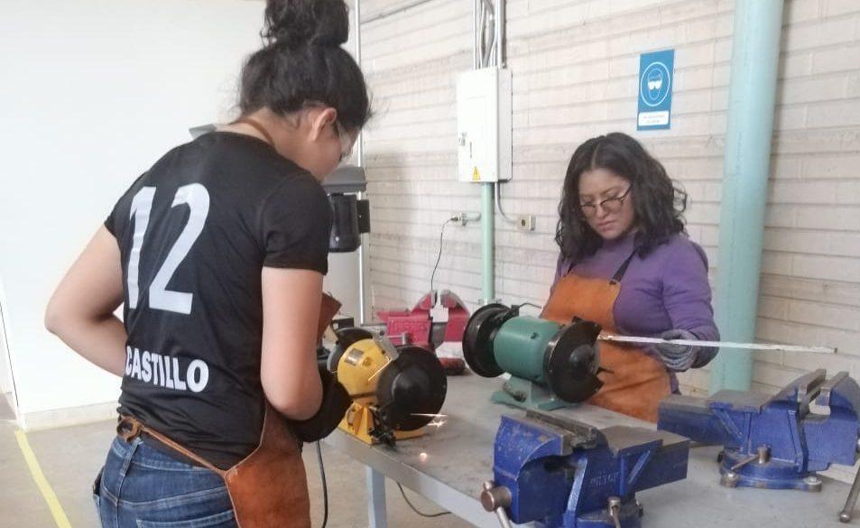 Concluyen mujeres de Cuauhtémoc curso de soldadura