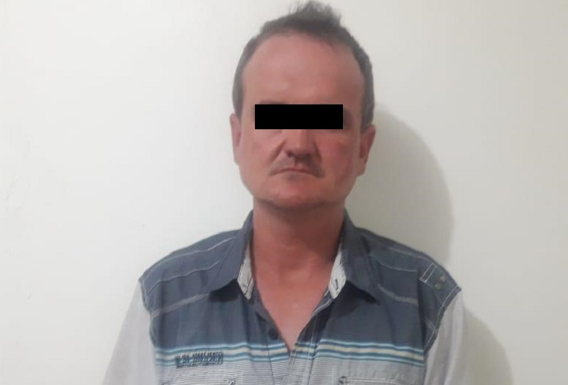 Intentó sobornar a policías con 14 mil dólares para no ser detenido por sustracción de menores