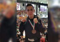 Cuauhtemense Fernando Mata obtiene el 3er lugar en el Nacional de Artes Marciales Mixtas
