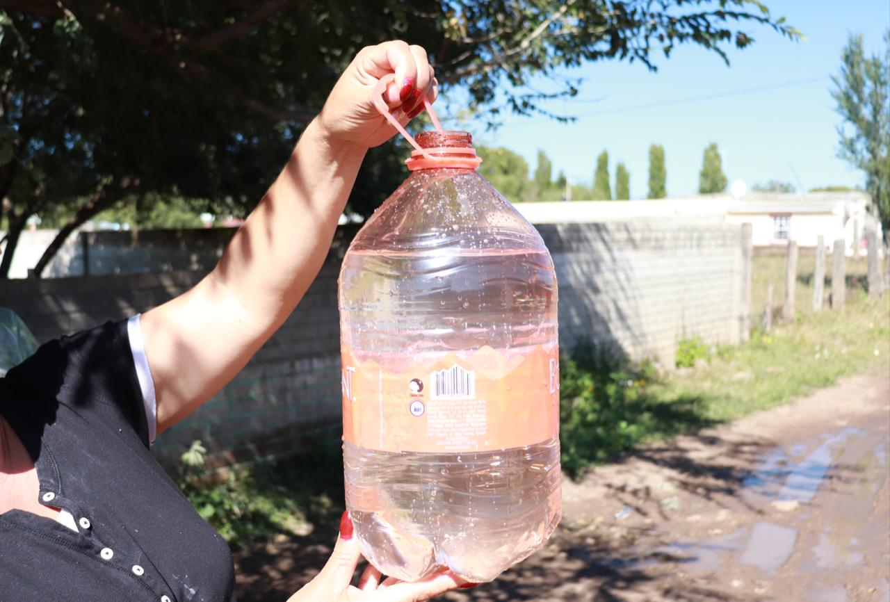 Reparó la Presidencia Municipal de Cuauhtémoc la línea de agua potable en el Ejido La Quemada