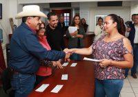 Entrega Presidencia Municipal de Cuauhtémoc apoyos por 135 mil pesos