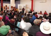 Entrega Presidencia de Cuauhtémoc 60 becas para personas con discapacidad y adultos mayores