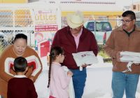 Entrega Presidencia Municipal de Cuauhtémoc, mil paquetes de útiles escolares en dos escuelas