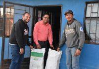 Continúa la Presidencia Municipal de Cuauhtémoc entregando leña y cobijas