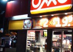 Roban en tienda OXXO de la 40 y Río Urique